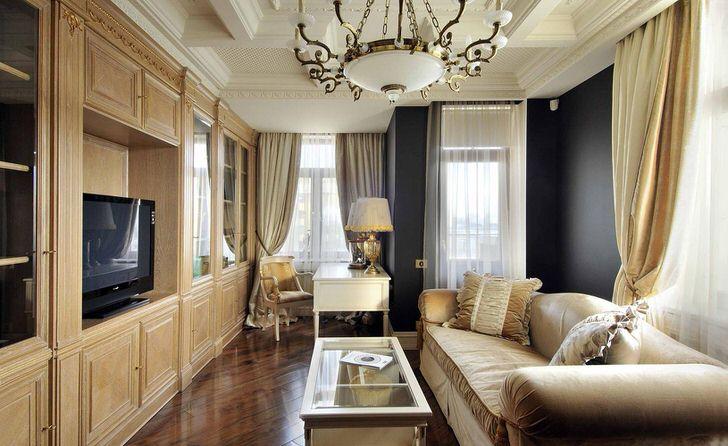 Гостевая комната в стиле ампир. Дизайнер смог из простой комнатушки небольших габаритов сделать эксклюзивную, роскошную гостиную.