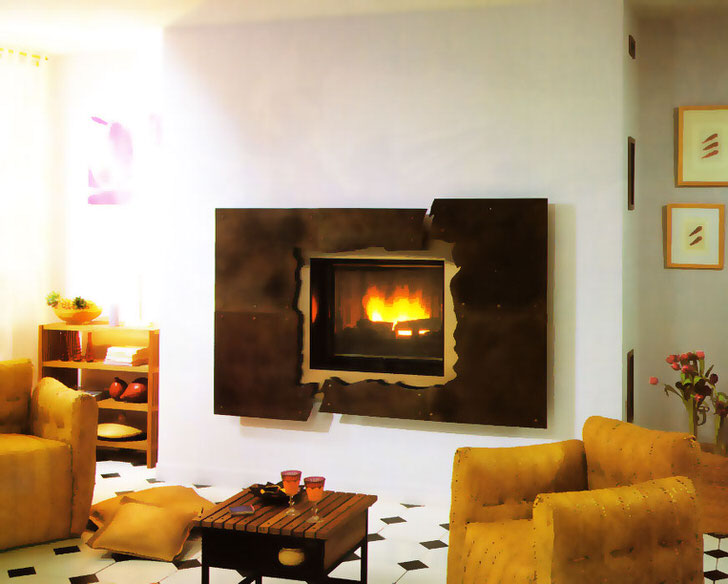 Камин в светлой, просторной гостиной украшение вашего дома.