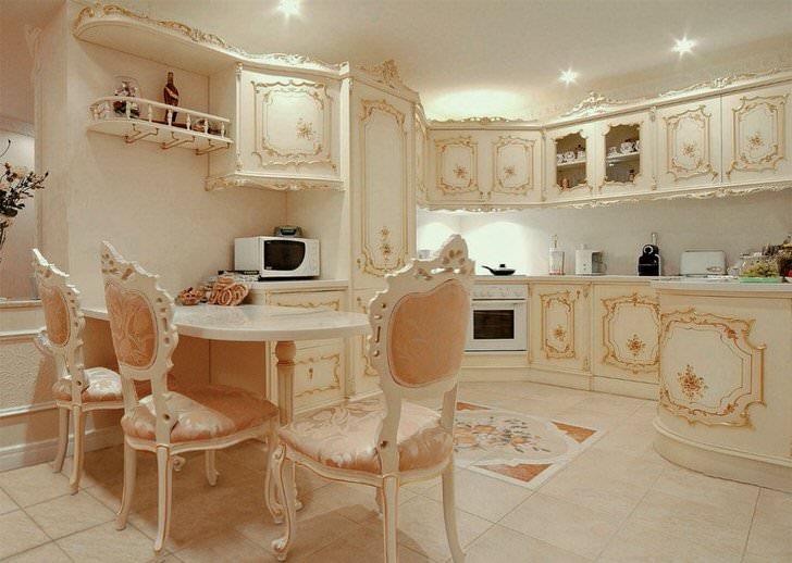 Стиль барокко-стиль королей. Только изысканная салонная мебель, позолота, габелен на креслах.