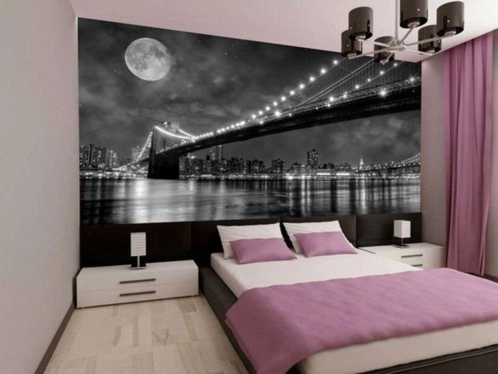 Излюбленная тема дизайнеров - ночной мегаполис и вантовый мост в огнях.