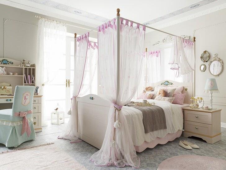 Нежнейший дизайн интерьера в комнате молодой леди. Полупрозрачный балдахин во время дневного сна приглушит солнечный свет.