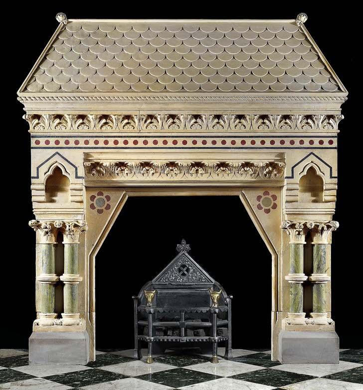 Портал для необычного камина. Такие замысловатые шедевры изготавливались для Англии в колониальной Индии.