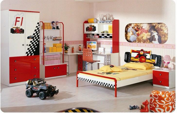 Просторная комната для мальчика в обычной городской квартире.