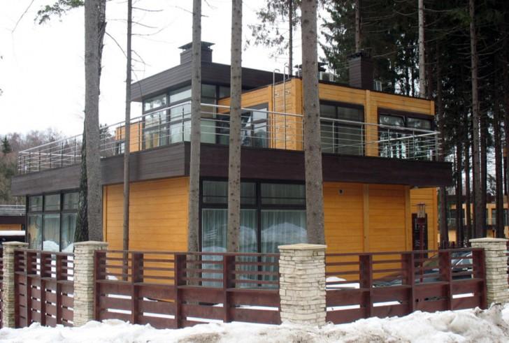 Пример правильного проекта небольшого домика в стиле хай-тек.