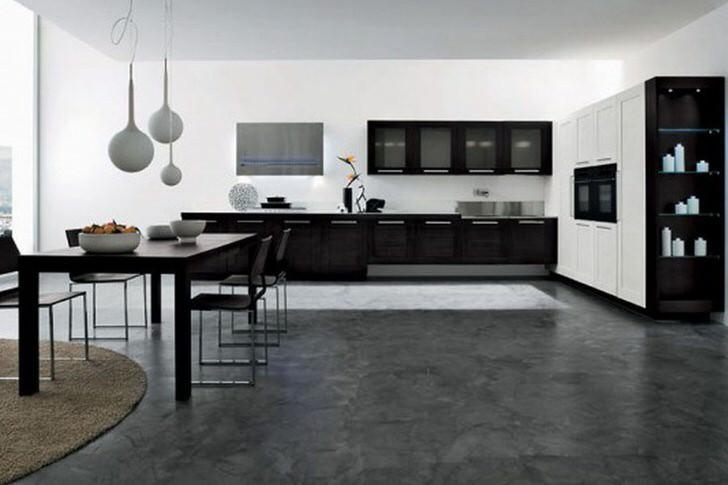 Большая кухня с элементами футуризма. Окно во всю стену классика стиля минимализм. Изюминка дизайнерские люстры.