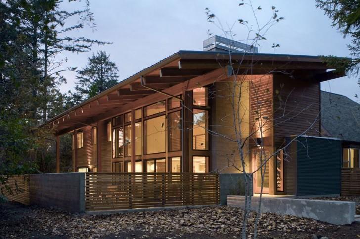 Загородный домик в хай-тек стиле - лучший вариант для комфортного единения с природой.