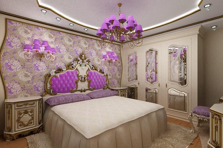 Люстра и светильники с сиреневыми плафонами отлично подобраны под мебель и цветочные обои.