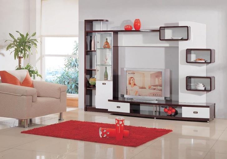 Современная мебель модерн для просторной светлой гостиной. Меняется время, меняются материалы, остаются знакомые линии.