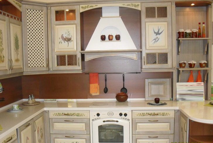 Английский стиль в интерьере кухни гостиной загородного