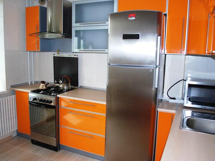 Выбирая угловую кухонную мебель вы максимально используете пространство маленького помещения.
