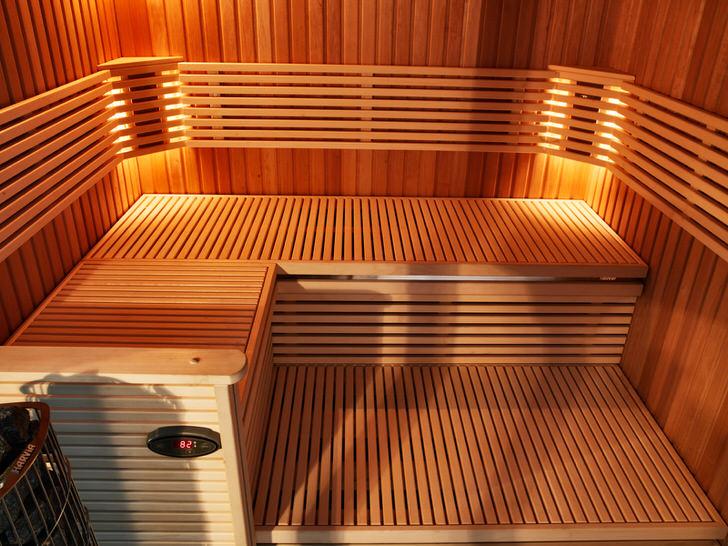 Промышленный вариант интерьера бани