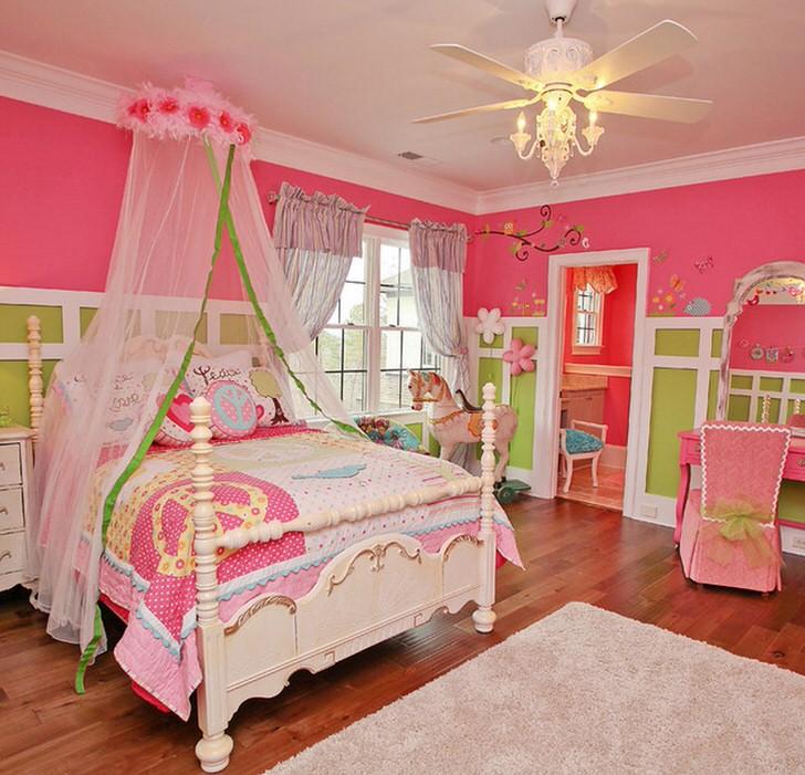 Яркая, сказочная спальня для малышки.