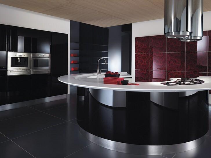 Сто процентное следование стилю хай-тек в интерьере кухни.