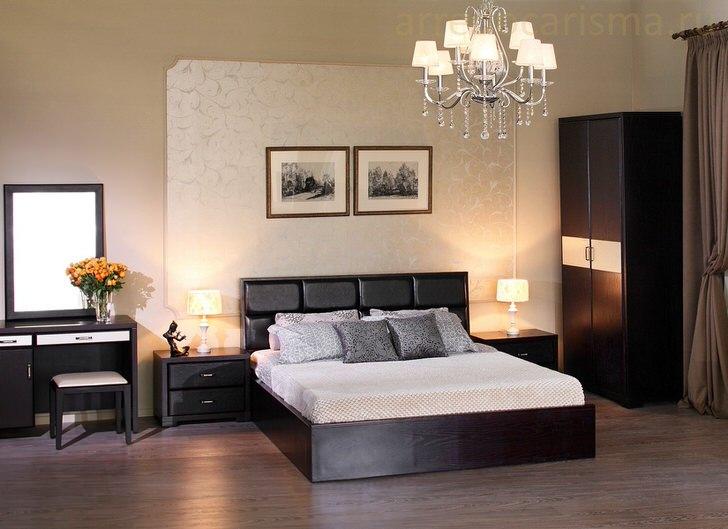 Элегантный спальный гарнитур цвета венге.