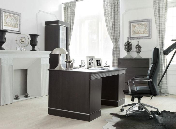 Дизайнеру от мебели интересно работать над проектами в стиле модерн. Основная задача совместить черты стиля с просто удобной, эргономичной мебелью.