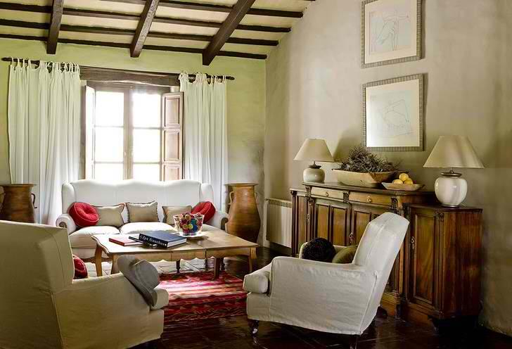 Идеальное сочетание мебели гостиной со стилем кантри.