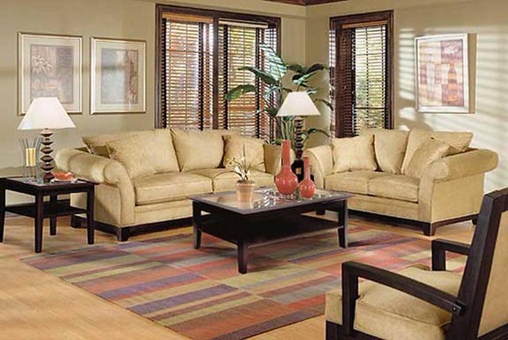 Идеальный пример коврового покрытия для комнаты, выполненной в бежевых тонах.