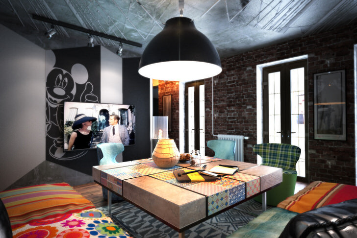 Гостевая комната в стиле эклектика в городской квартире.