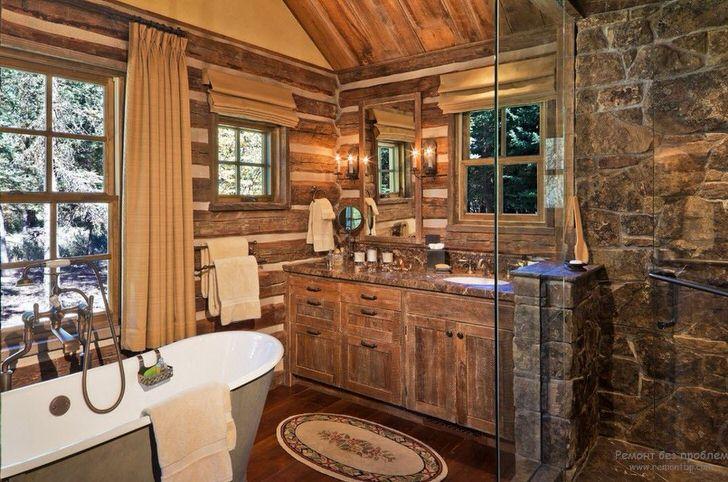Ванная комната в кантри стиле кантри с правильно подобранной мебелью. Интересная дизайнерская идея - окно с деревянной рамой над ванной.
