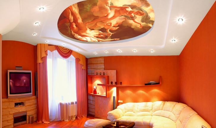 Дизайнерское оформление натяжного потолка с фотопечатью примечательно яркими, сочными красками.