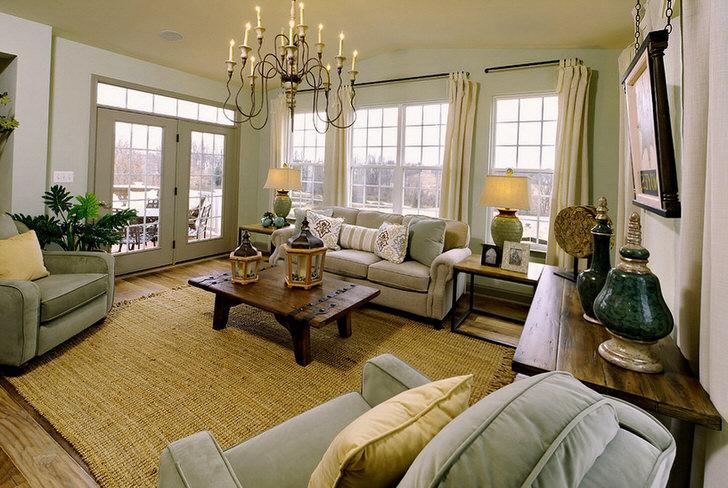 В оформлении интерьера четко прослеживается стиль ампир, который выражается в правильно подобранной мебели и элементах декора.