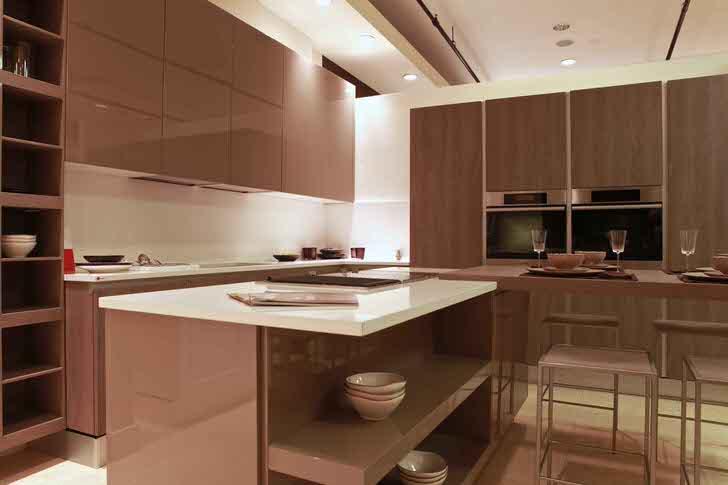 Практичная, функциональная и одновременно уютная кухня в стиле модерн - мечта каждой хозяюшки.