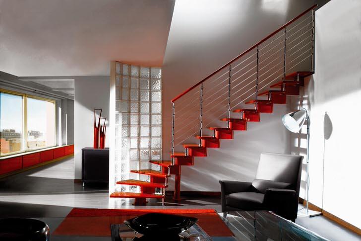 Элегантный пример маршевой лестницы для интерьера дома в стиле хай тек. При желании можно поставить ещё одну опору в середине пролёта.