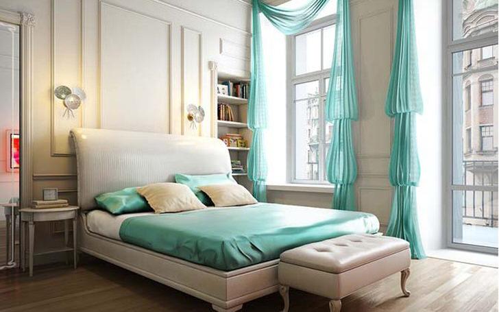 Скромный интерьер спальни в стиле неоклассика интересен акцентами мятного цвета.