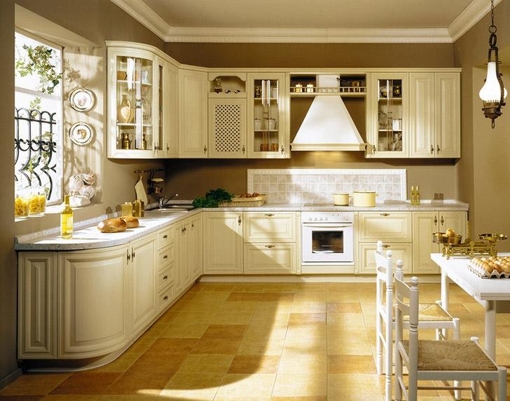 Кухня в стиле кантри на 12 квадратах жилого пространства. Удачное решение для оформления семейной квартиры или загородного домика.