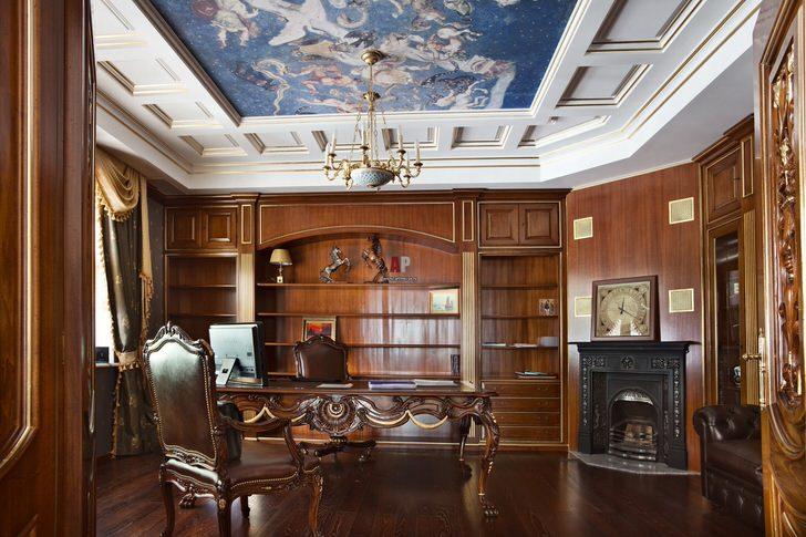 Рабочий кабинет в английском стиле. Строгость, сдержанность и чувство стиля гармонично объединены в одном интерьере.