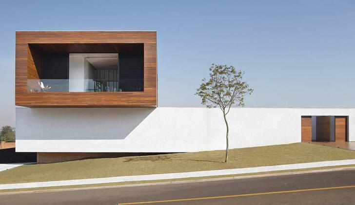 Органическая архитектура - достаточно молодое, но популярное направление в дизайне домов.