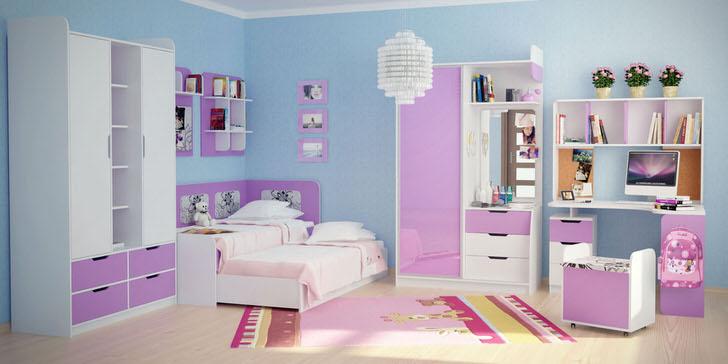 Бледно-розовый в сочетании с белым подходит для оформления модульной мебели для юной леди. Отделка стен голубого цвета выгодно акцентирует внимание на мебельном гарнитуре.