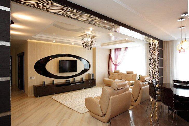 Стильная гостиная совмещена со столовой.