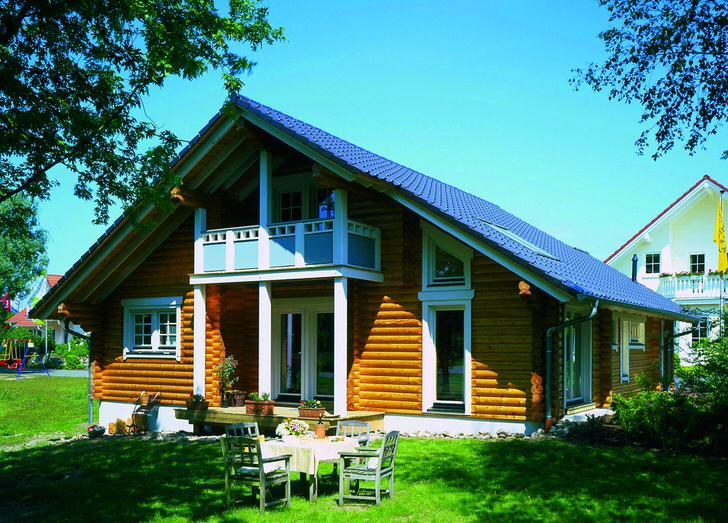 Скандинавский дом из сруба дерева - наиболее распространенная вариация загородной недвижимости. Привлекательный внешний в сочетании с относительно невысокой ценой строительства делают дома в скандинавском стиле популярными и востребованными.