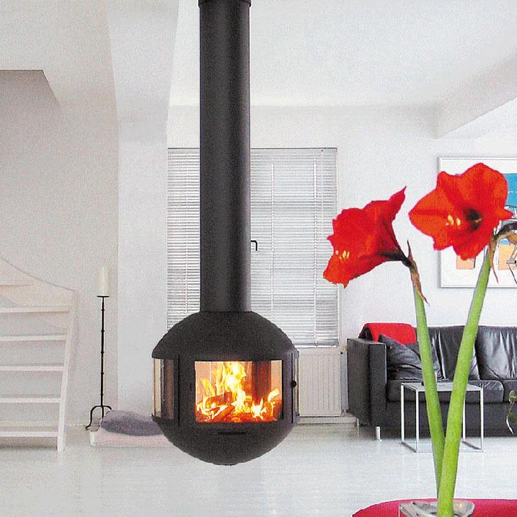 Подвесной камин элегантен и изыскан. Стильное декоративное решение для строгого интерьера в стиле модерн.