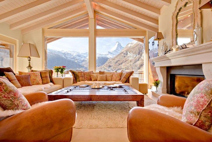 Альпийский стиль предпочитает использование натуральных материалов для отделки.