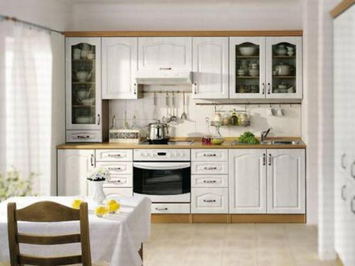 Простой, скромный дизайн кухни в скандинавском стиле - отличный пример элегантного оформления.