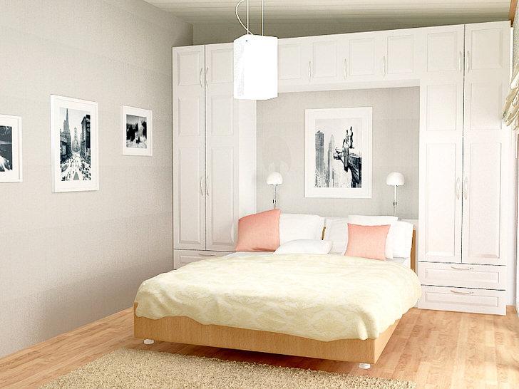 Функциональным решением для организации спальни в скандинавском стиле становится шкаф, который располагается по обе стороны от кровати и над ней. Небольшая, но вместительная мебель, позволяет сделать помещение не загроможденным.