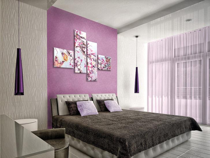 Правильно подобранная модульная картина не перегружает дизайн спальни. Неброские, изящные соцветия, изображенные на картине, разбавляют строгий, лаконичный стиль оформления спальни.