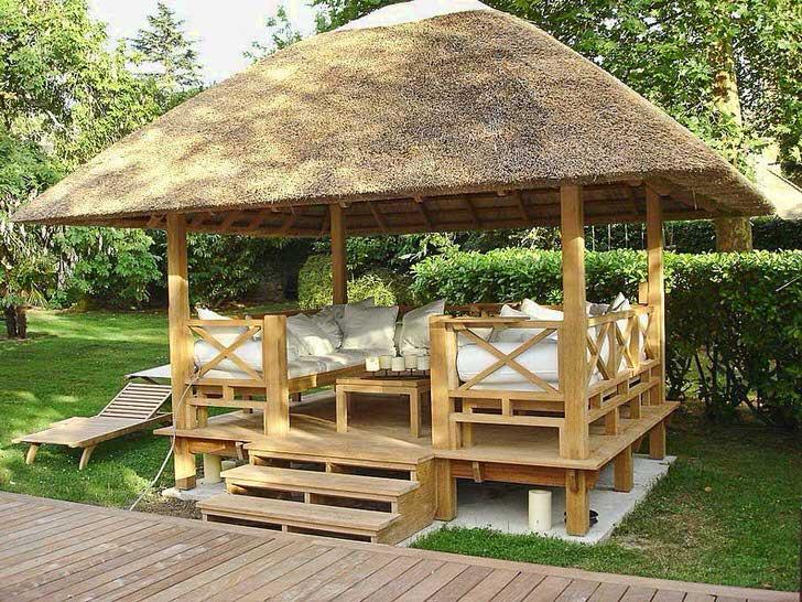 Небольшое, но комфортное пространство подходит для отдыха на природе.