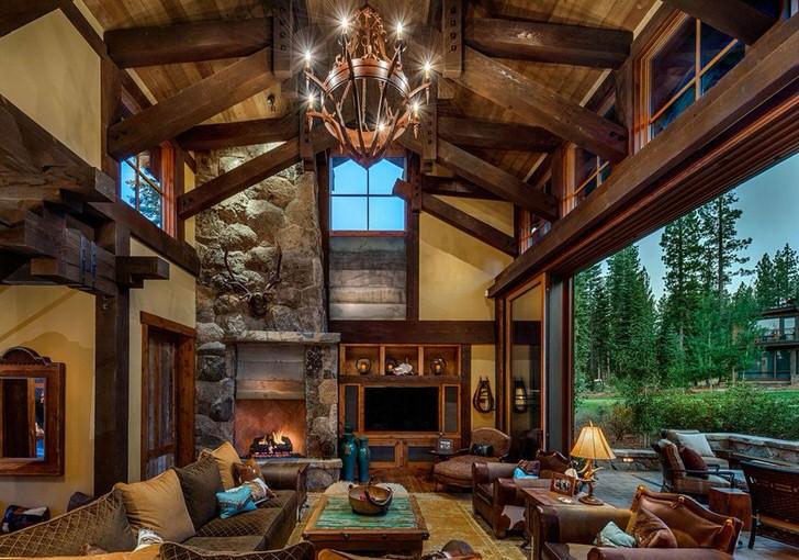 Панорамное окно позволяет владельцам дома и его гостям максимально сблизиться с природой. Что еще нужно, чтобы отдохнуть от городской суеты?