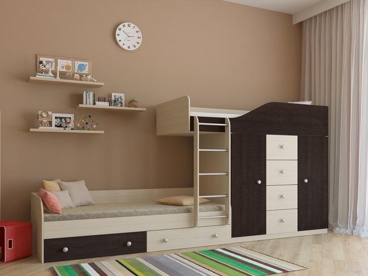 Креативная меблировка детской спальни венге впишется в интерьер любого стиля.