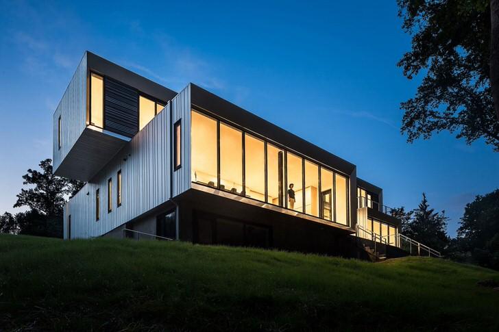 Модульный дом для большой семьи может использоваться для круглогодичного проживания. Правильно обустроенное жилое пространство будет теплым даже в холодное время года.