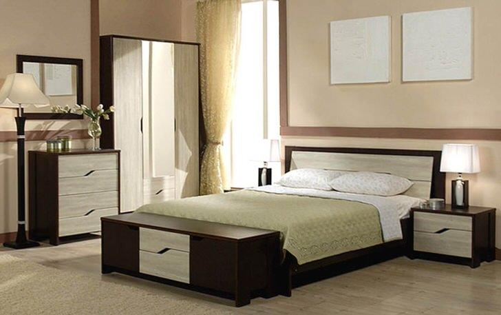 Цвет венге гармонично сочетается с цветом натурального светлого дуба. Выгодное сочетание достаточно часто встречается, если речь идет о мебели для спальни.
