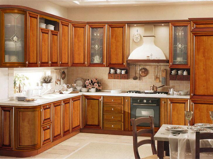 Стильный интерьер небольшой кухни в одной из московских новостроек.
