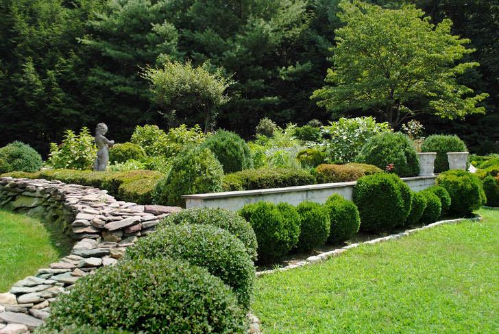 Ландшафтный дизайн садового участка в скандинавском стиле.