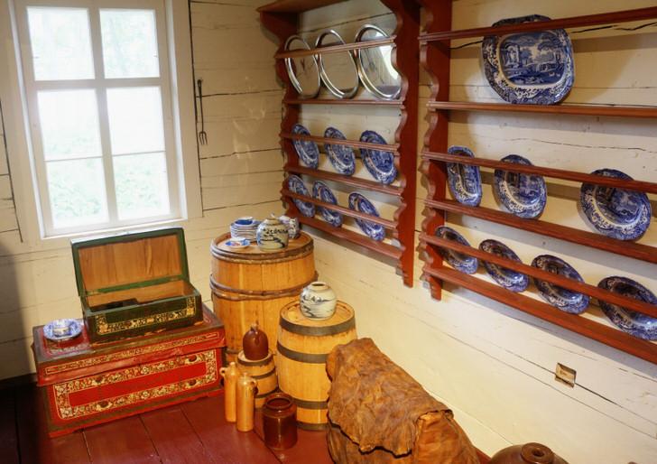Дизайн кухонь в деревенском стиле