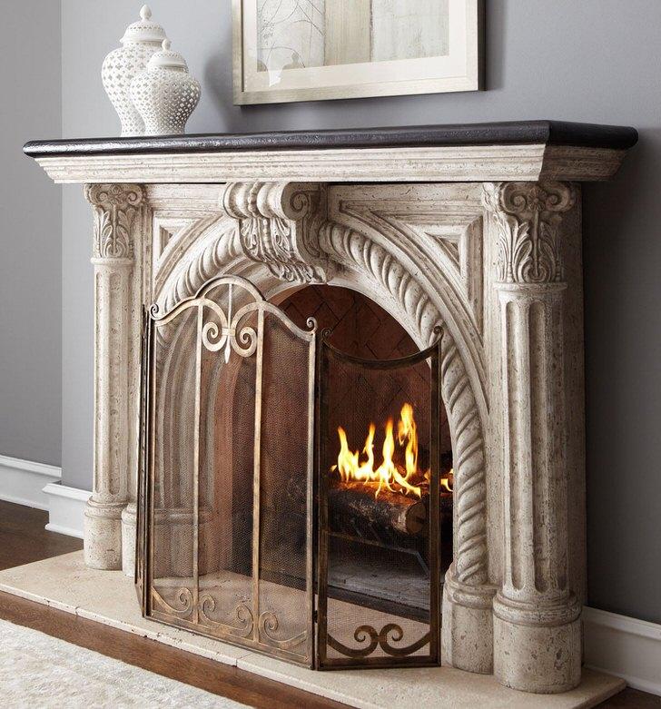 Рельефная лепнина для камина - лучшее украшение каминной панели. Стильный элемент интерьера делает обстановку презентабельной и запоминающейся.