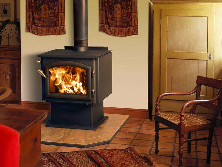 Печь-камин длительного горения - выбор большинства современных дачников.