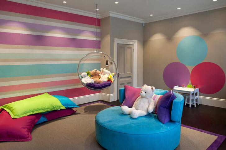 Комната в стиле минимализм для юной модницы.